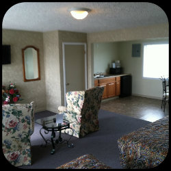 Extra Large Double Queen Motel Room at Sage-N-Sand Mote